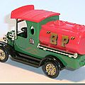 Altaya Corgi 26 Ford Model T Tanker BP 2