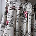 Manteau AGLAE en lin écru imprimé BICYCLETTE, fermé par un noeud de lin taupe - taille 54 (1)