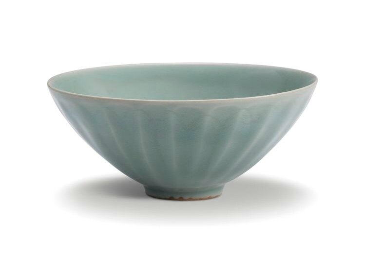 A Longquan celadon 'lotus' bowl, Southern Song dynasty (1127-1279)