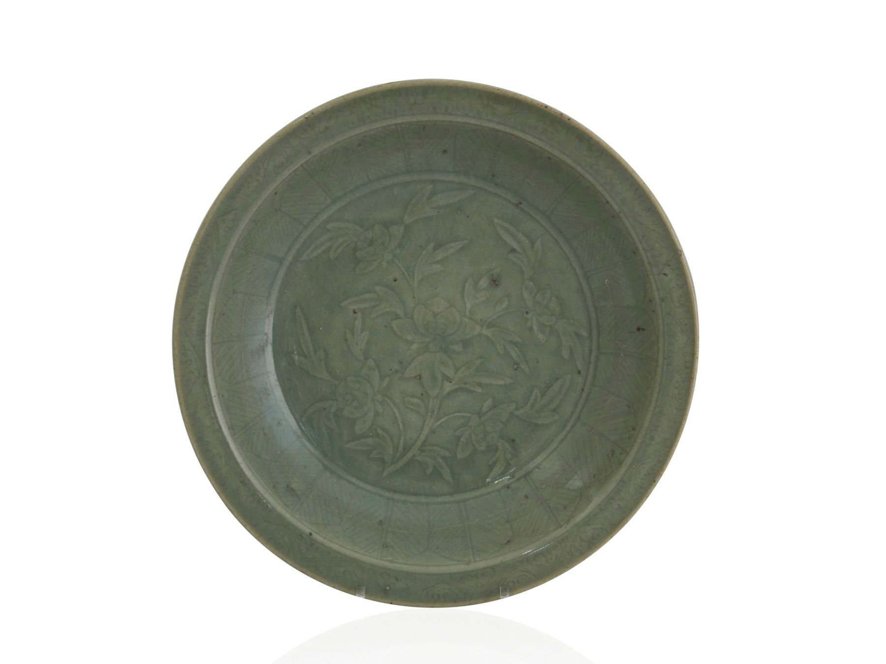 A large Longquan celadon dish, China, Ming dynasty, 15th-16th century