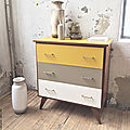 Commode vintage tricolore