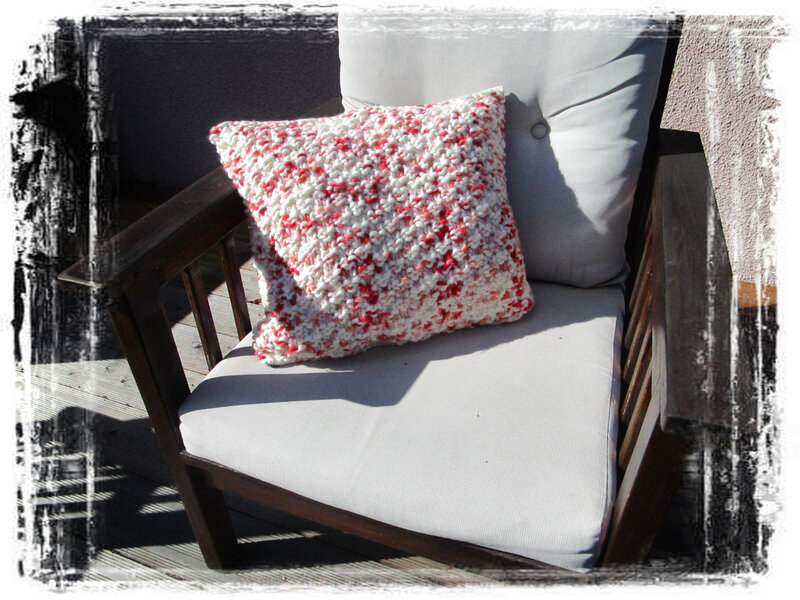 Coussin tricot1