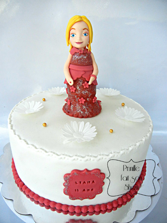 Gateau de princesse {rouge paillettes }
