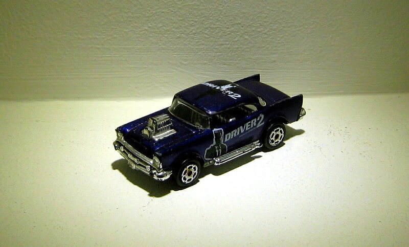 Chevrolet bel-air de 1957 (Majorette) 02
