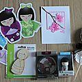 Des cadeaux, des cartes, de la couleur et un bébé qui fait peur