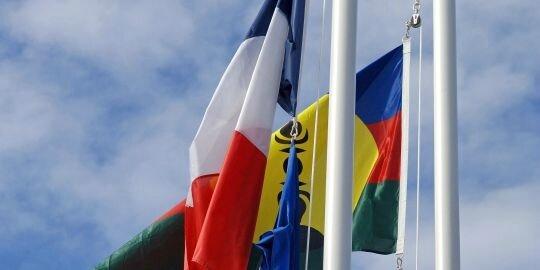 Nouvelle-Calédonie drapeaux