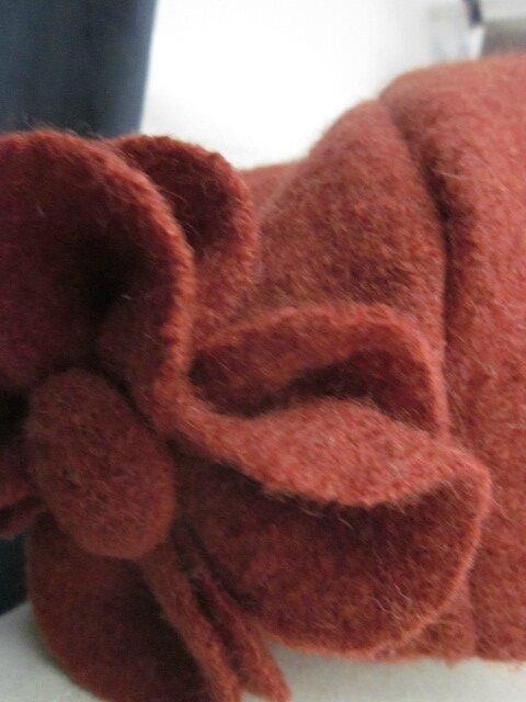 Chapeau AGATHE en laine bouillie terre battue avec fleur - Doublure de LIBERTY véritable aux couleurs d'automne - taille 56 (3)