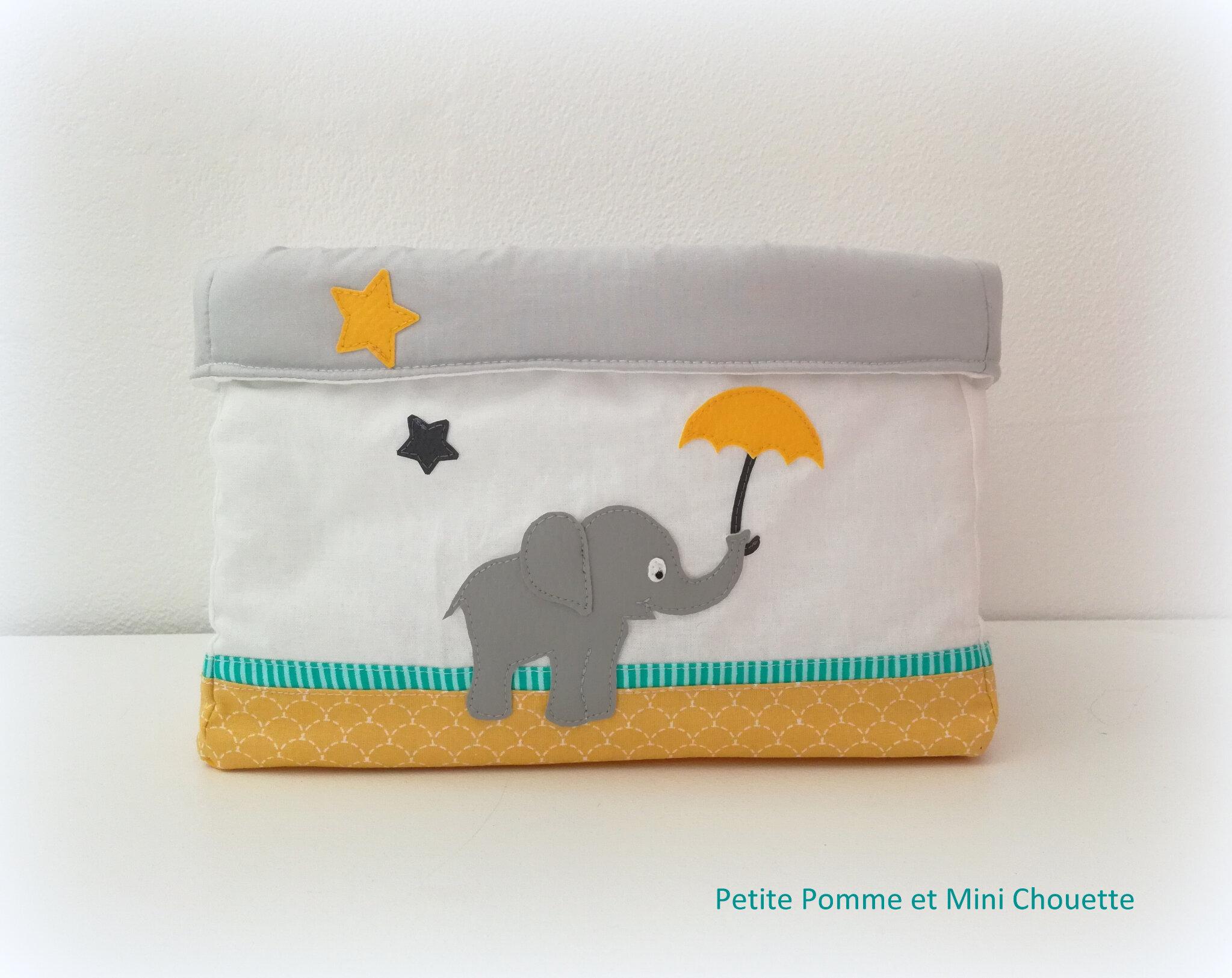 grand panier éléphant et son parapluie - Copie