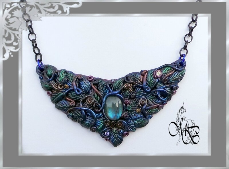 Magic Forest Melissa Necklace (12)