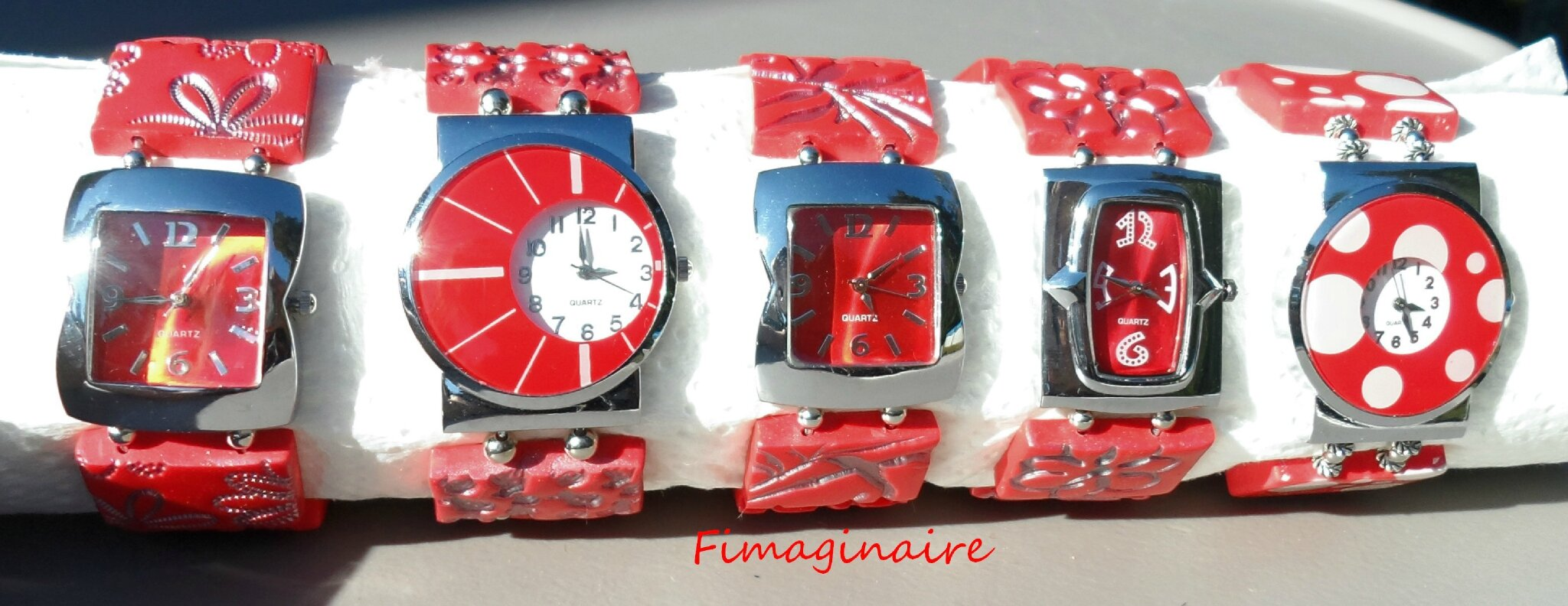 Montres rouges - 25$ chacune