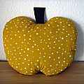coussin_pomme 01