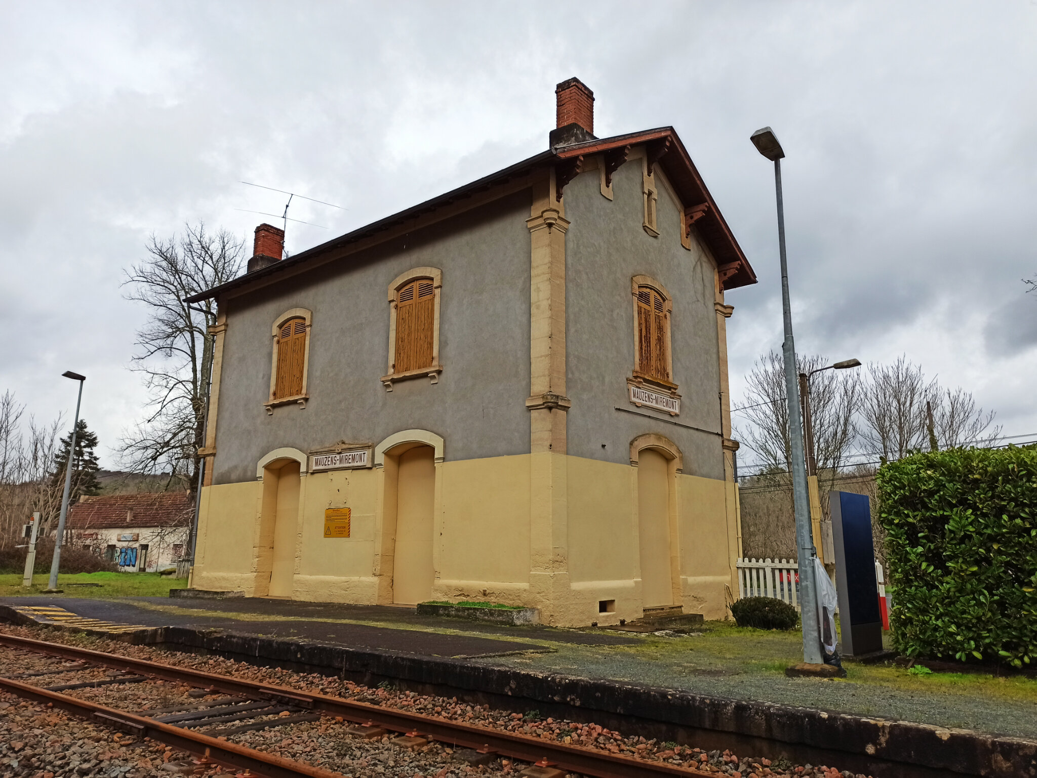 Mauzens-Miremont (Dordogne - 24)