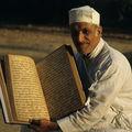 L'Avesta, le livre sacré, Karachi, Pakistan, 2001