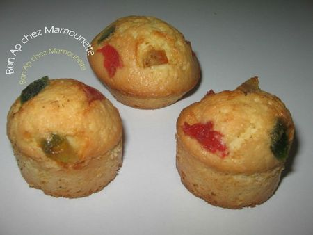 Cakes aux fruits confits 009