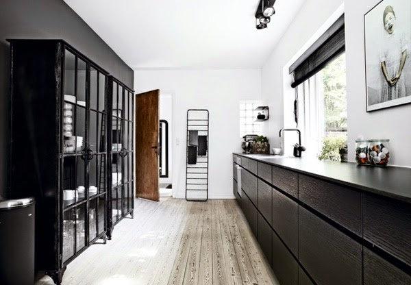 4Monochrome-Home-Copenhagen-via-Boligmagasinet-09