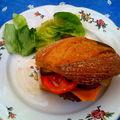 Hamburger maison avec un petit pain classique :