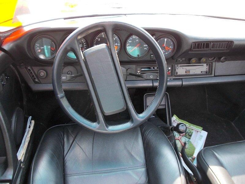 Porsche911targa3l2int