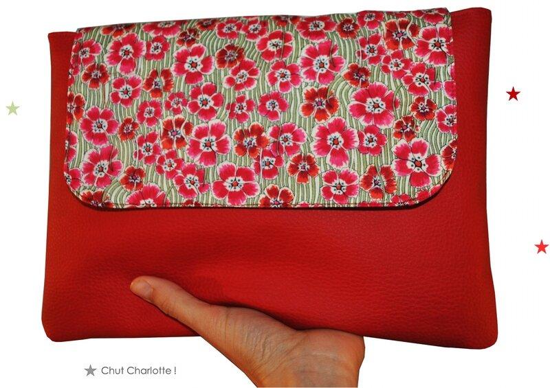 Pochette Ipad rouge Chut Charlotte (1)