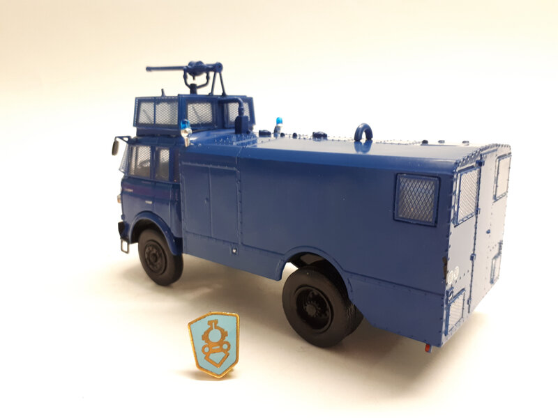 #11-Berliet GBK80 anti-émeute (2)