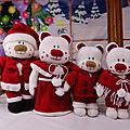 Christmas aventures beau, belle, boo and bess - knitting by post