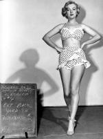 1951-04-05-LoveNest-test_costume-renie-mm-100-1