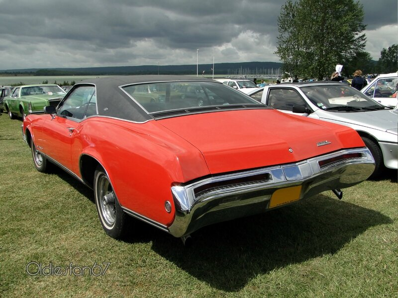 buick-riviera-gs-1968-d