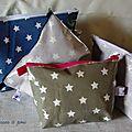 les trousses zippées en tissu enduit à étoiles
