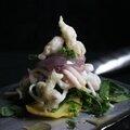 Salade d'épinards et encornet au tempura câpre de mauve