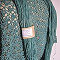 Châle bleu-vert laine teinte artisanalement