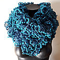 Snood froufrou