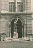 portail_statue_Jeanne_d_Arc