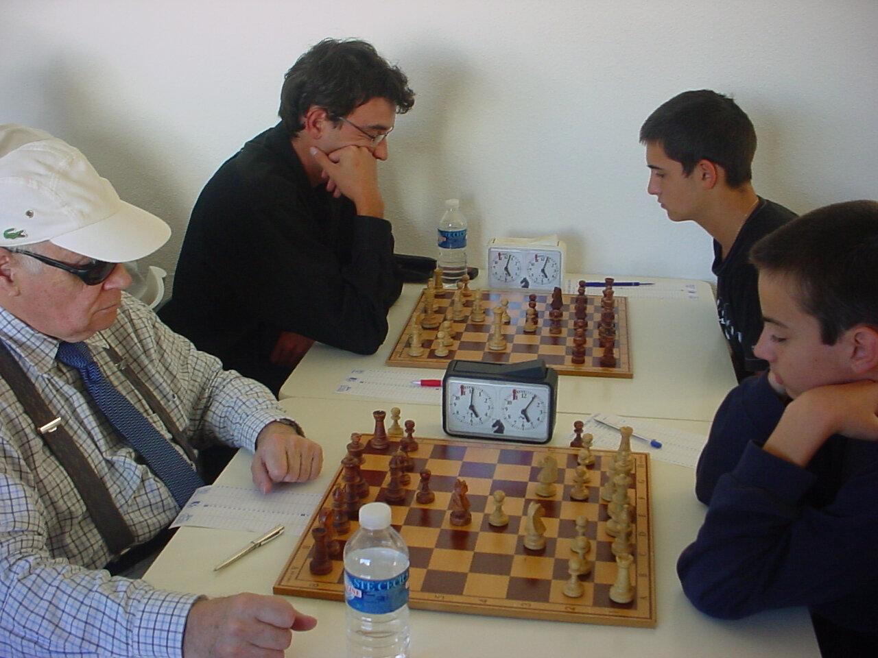Coupe 1700-2000 2008-2009 (33) Au fond, Oliviez Gonzalez vs Julien Salvetti - Avec la casquette, Jacques Paccard