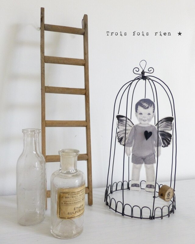 Dr_le_d_oiseaux_N__38__cage_fil_de_fer__wire__fil_de_fer__papillon__little_boy__trois_fois_rien___1_