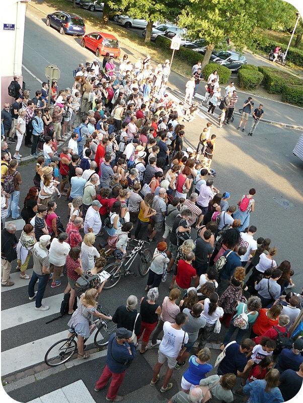 Quartier Drouot - Spectacle de rue Tleta20
