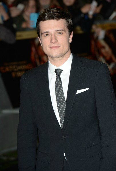 La parenthèse dorée+Hunger+Games+Catching+Fire+Embrasement+UK+Josh Hutcherson