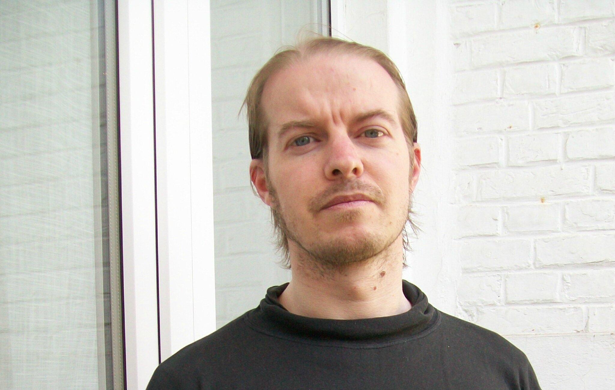 PREMIERE LETTRE de DAPHNIS BOELENS à TIM GUÉNARD (4 juin 2005) - par  rapport à PLUS FORT QUE LA HAINE 83cee352fc9