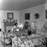 1956-parkside-bedroom-3071418