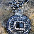 pendentif rectangle cristal noir - offert