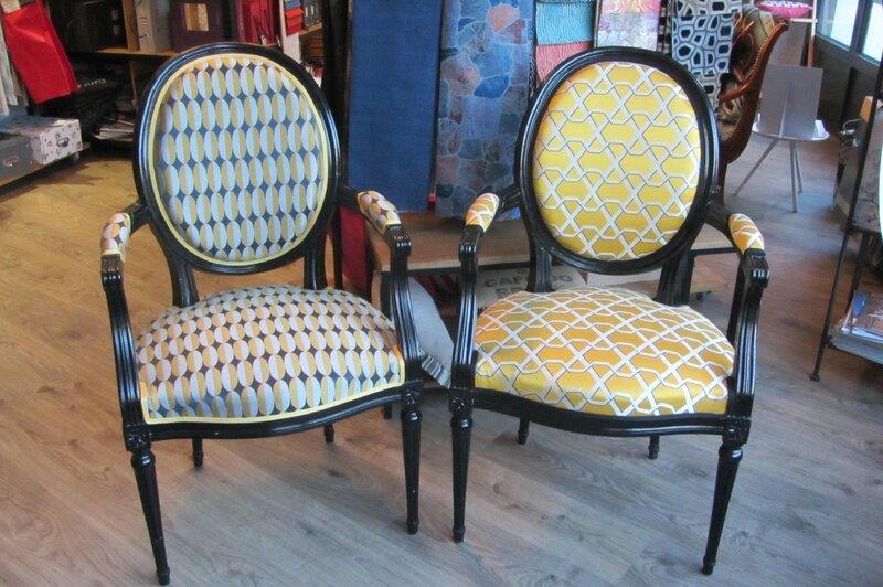 paire de fauteuils à refaire côté sièges