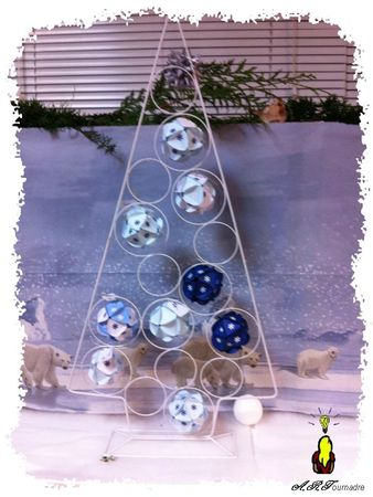 ART 2012 12 sapin metal