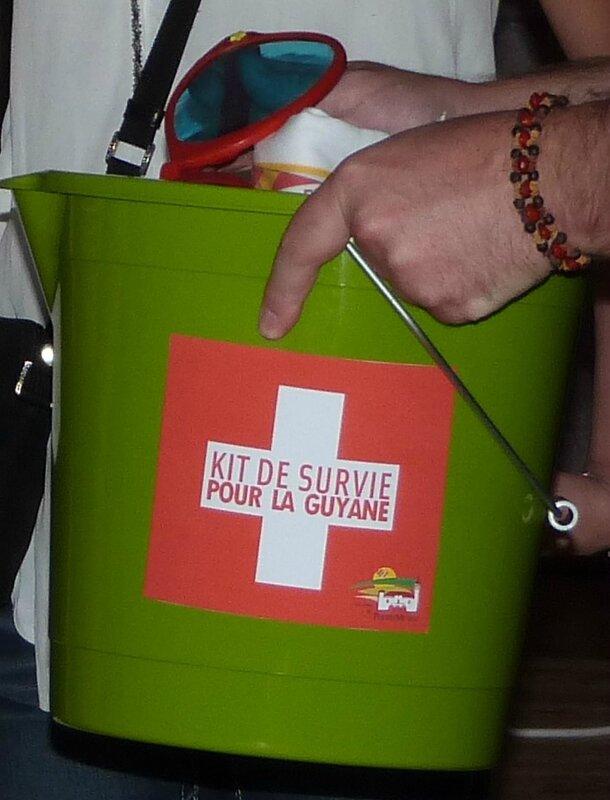 kit de survie guyane-seau-1