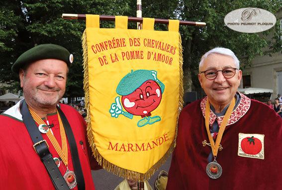 MARMANDE_fete_de_la_tomate_Confrerie_des_Chevaliers_de_la_Pomme_d_Amour_Roland_Christen_et_Gerard_Baud