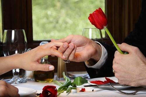 18675167_8657_hombre_romantico_H062347_L