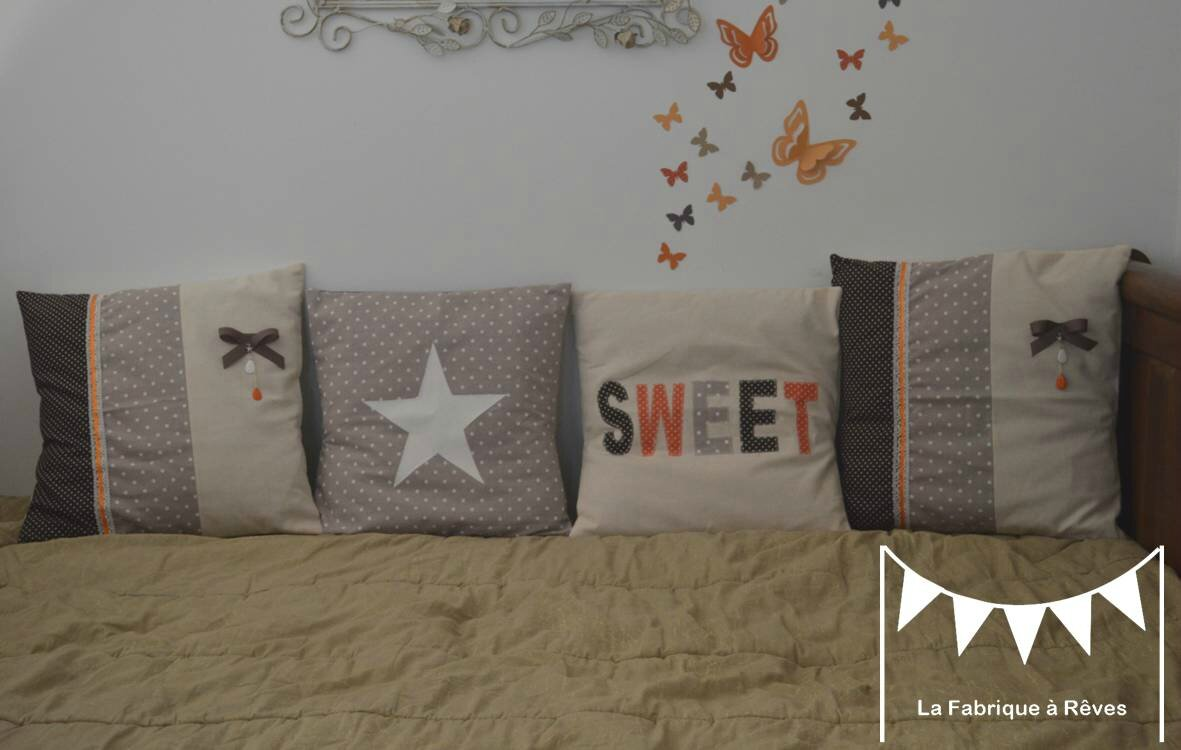 coussin chocolat orange beige shabby chic coeur pampilles noeud pois 2
