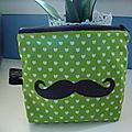 Trousse Moustache
