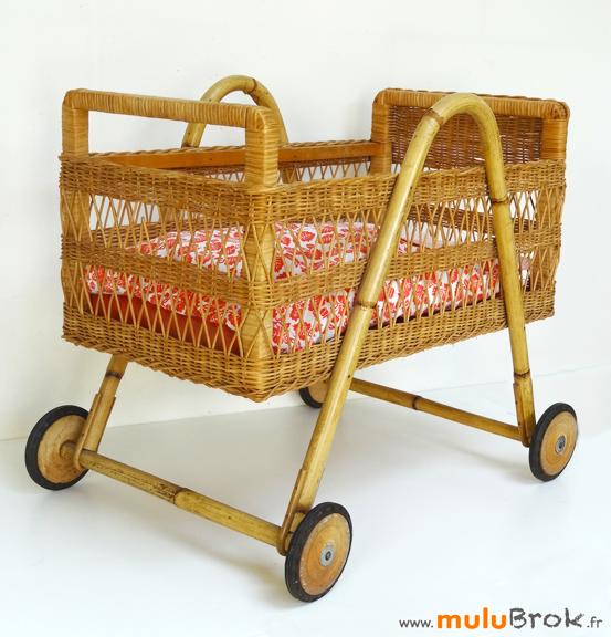 LIT-POUPEE-Osier-rotin-8-muluBrok-Vintage