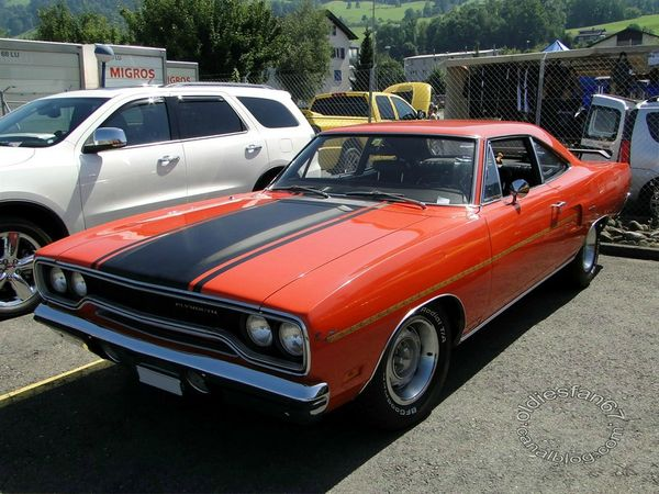 plymouth road runner coupe 1970 a