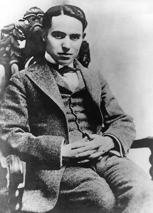 Michael Jackson Sur Les Pas De Charlie Chaplin On Michael