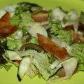 Salade courgette et chou rave et tempeh fumé