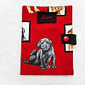 Accessoire labradors noirs protège carnet de santé/passeport pour chiens nom brodé